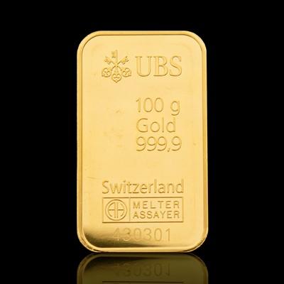 gold_100g_UBS_staende